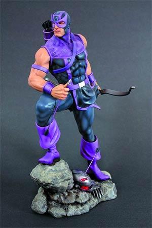 Classic Avengers Hawkeye Fine Art Statue