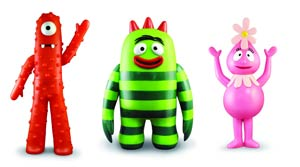 Yo Gabba Gabba Large Vinyl Action Figure 12-Piece Assortment Case