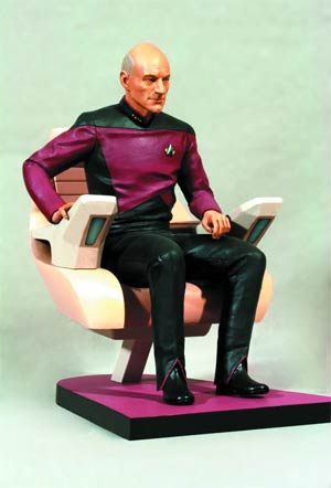 Star Trek The Next Generation Captain Picard In The Captains Chair 1/6 Scale Statue