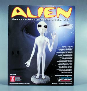 Lindberg Alien 1/5 Scale Model Kit