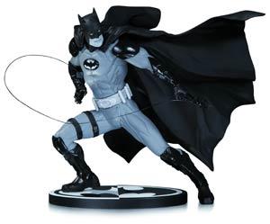 Batman Black & White Series Original Mini Statue By Ivan Reis