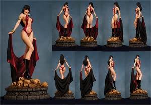 Women Of Dynamite Vampirella Statue