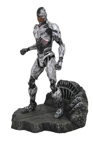 DC Gallery Justice League Movie PVC Diorama Figure - Cyborg