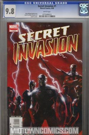 Secret Invasion #1 Regular Gabriele Dell Otto Cover CGC 9.8