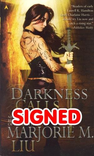 Darkness Calls Hunter Kiss Series #2 MMPB Signed By Marjorie Liu