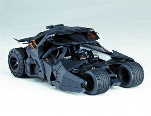 Sci-Fi Revoltech #043 Dark Knight Rises Tumbler Vehicle