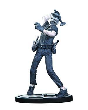 Batman Black & White Series Joker Mini Statue By Greg Capullo