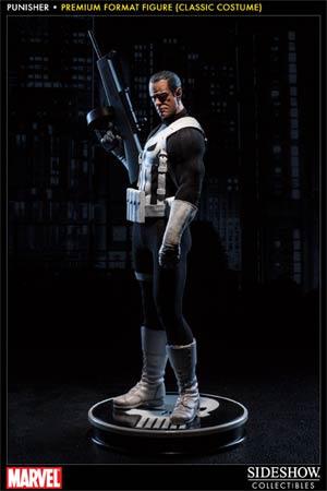 Punisher Classic Costume Premium Format Figure