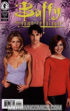 Buffy The Vampire Slayer #33 Photo Cvr