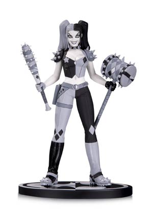 Batman Black & White Series Harley Quinn Mini Statue By Amanda Conner