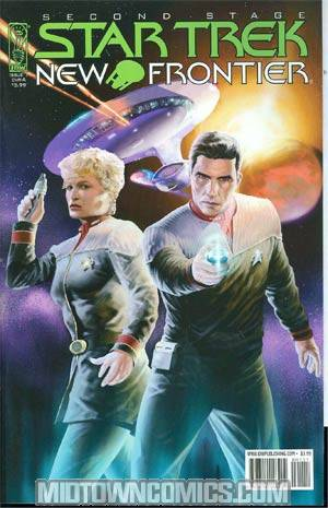 Star Trek New Frontier #1 Regular Stephen Thompson Cover