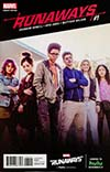 Runaways Vol 5 #1 Cover E Incentive Television Variant Cover