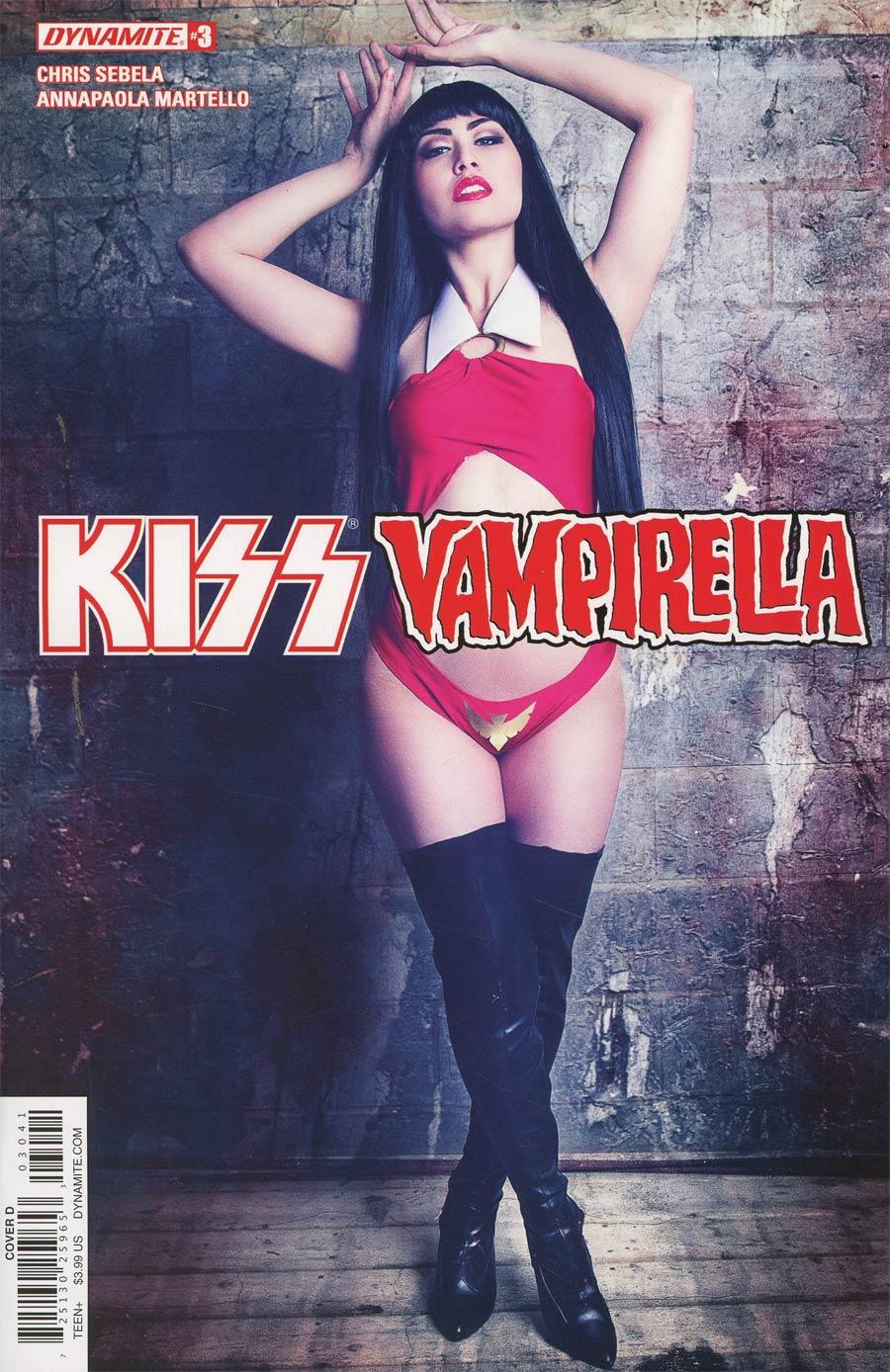 KISS Vampirella #3 Cover D Variant Cosplay Photo Cover