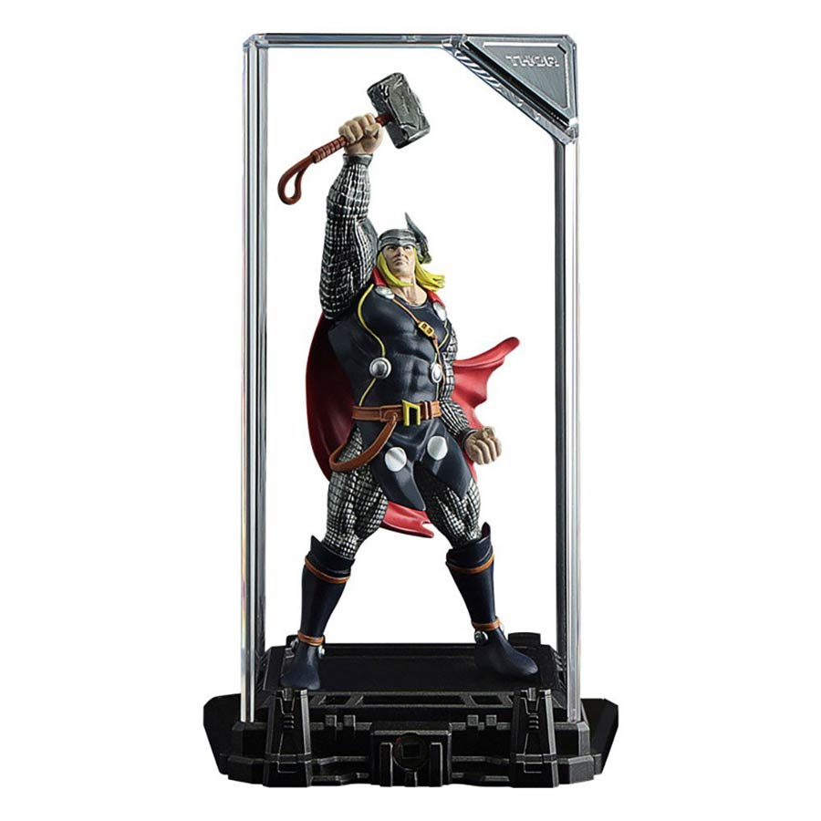 Marvel Super Hero Illuminate Gallery Collection 1 - Thor Figure