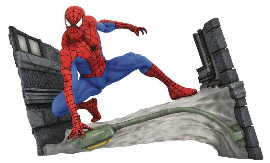 Marvel Comic Gallery Spider-Man Webbing PVC Figure