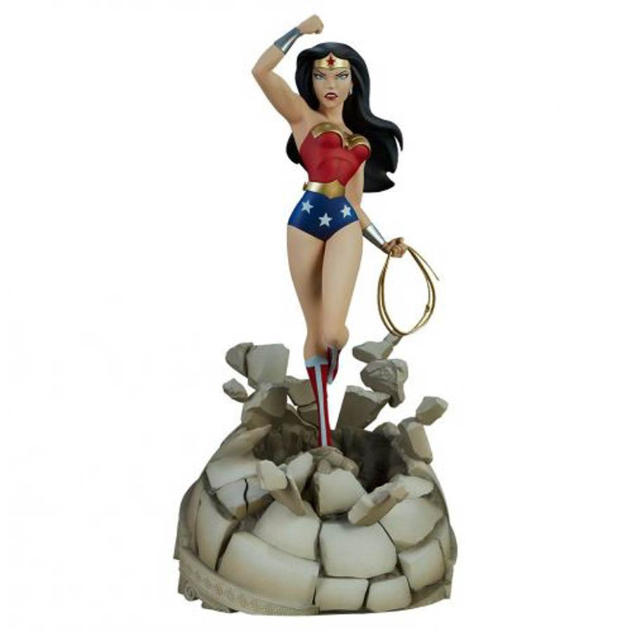 Wonder Woman The Animated Series Collection 20-inch Statue