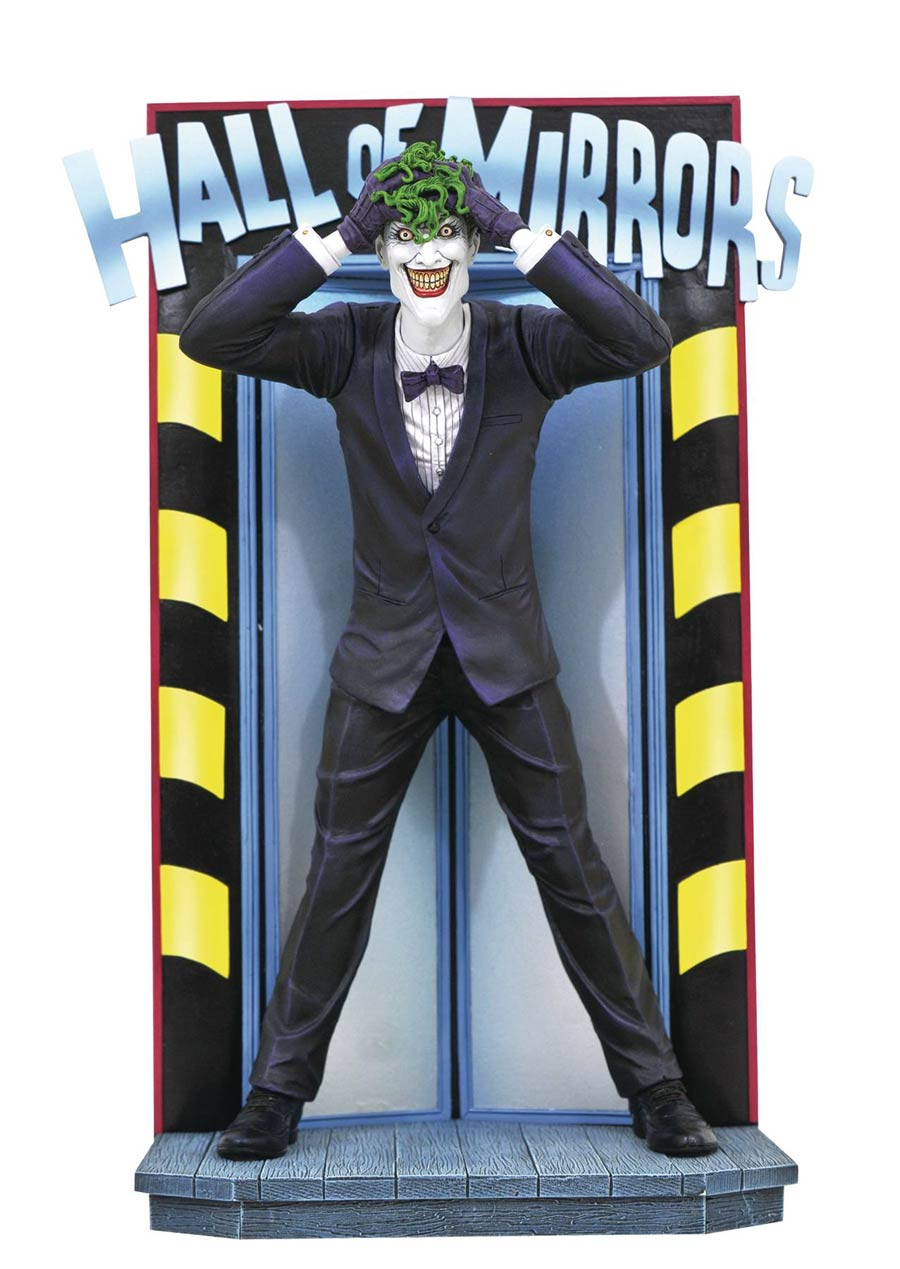 DC Comic Gallery Killing Joke Joker PVC Figure