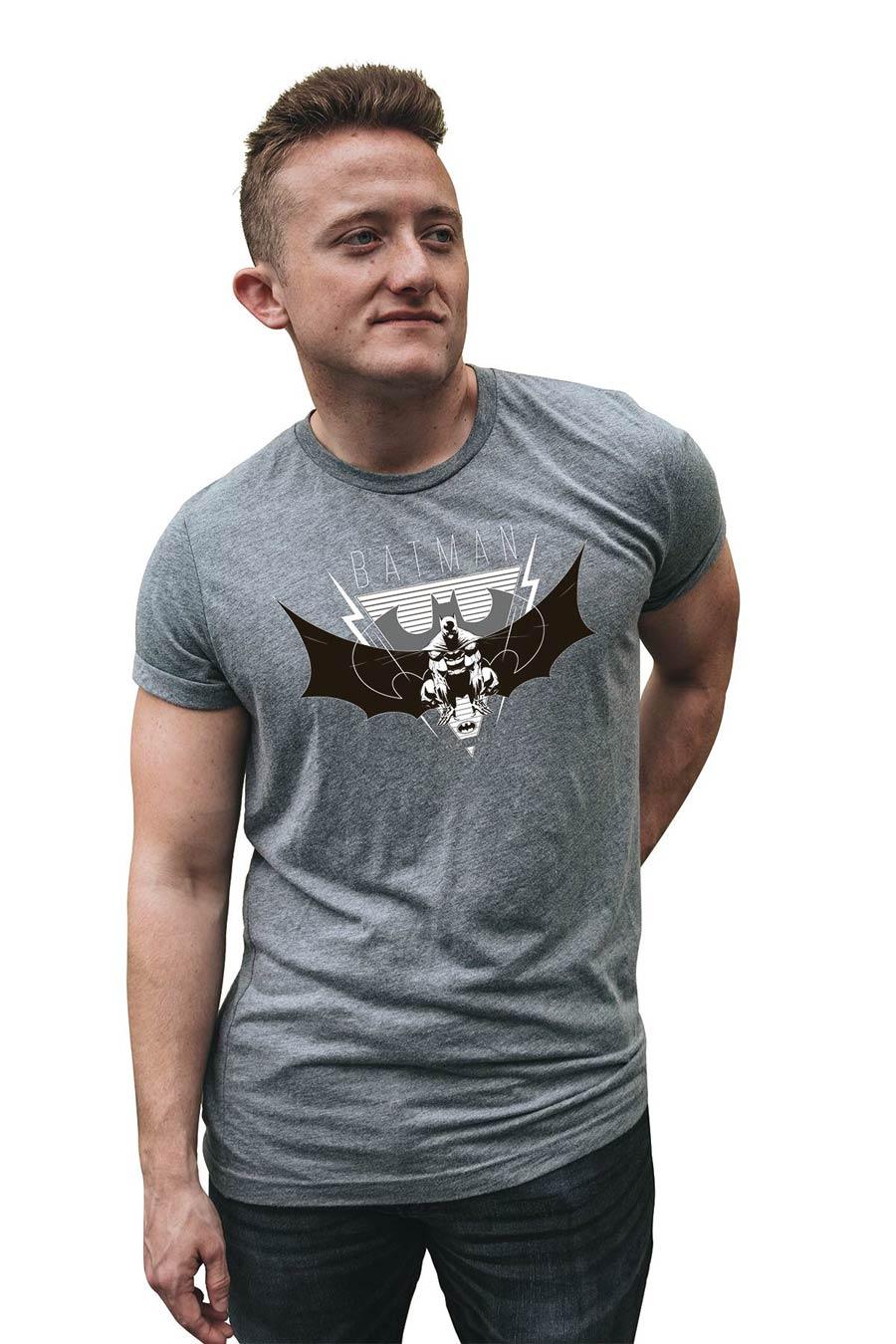 Batman Dark Knight Symbol T-Shirt Large