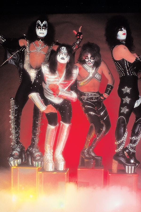 KISS Zombies #1 Cover F Incentive Photo Virgin Cover