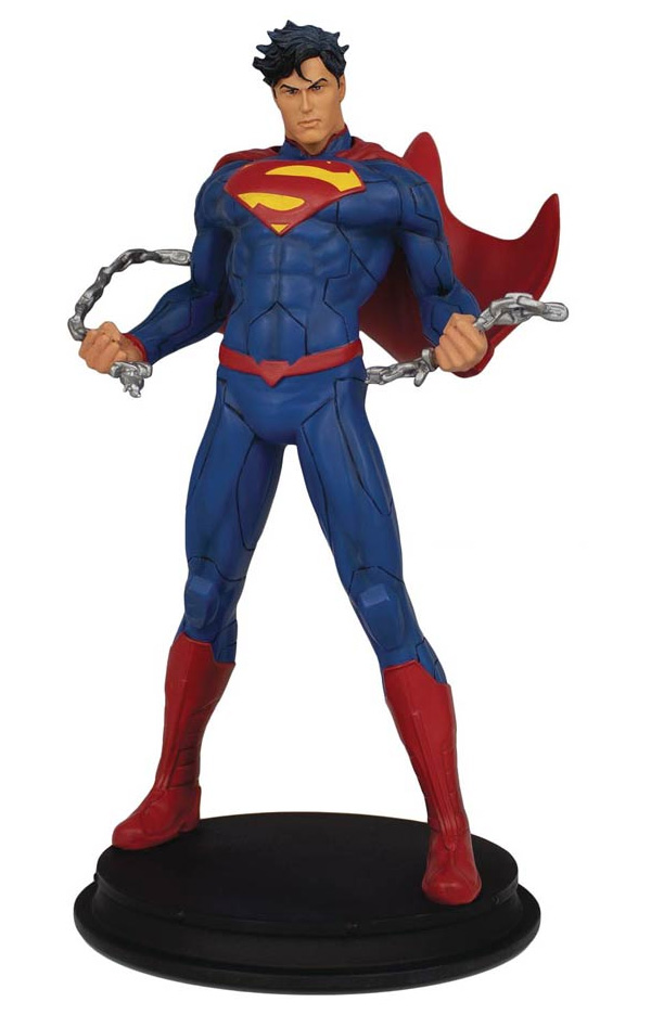 DC Comics Superman Unchained 9-Inch Statue