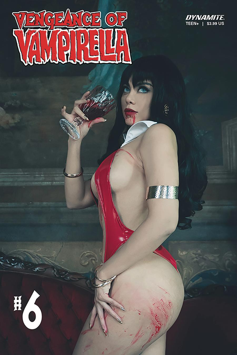 Vengeance Of Vampirella Vol 2 #6 Cover D Variant Lorraine Cosplay Photo Cover