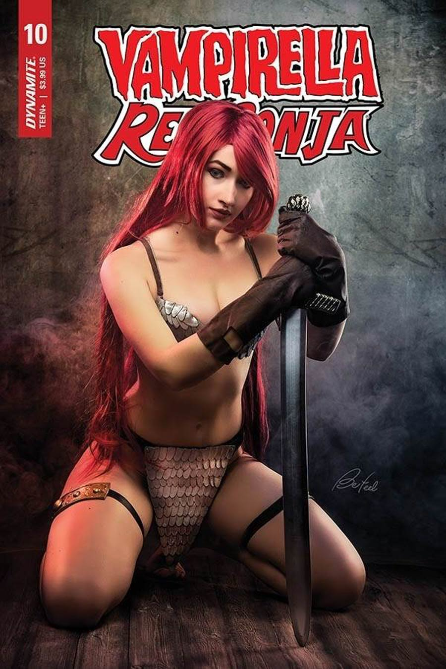 Vampirella Red Sonja #10 Cover D Variant Klaudia Bloom Cosplay Photo Cover