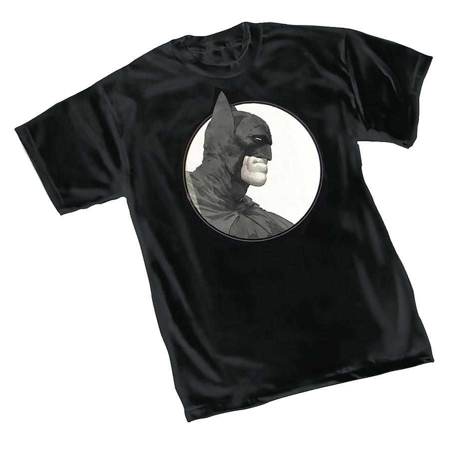 Batman Grave T-Shirt Large