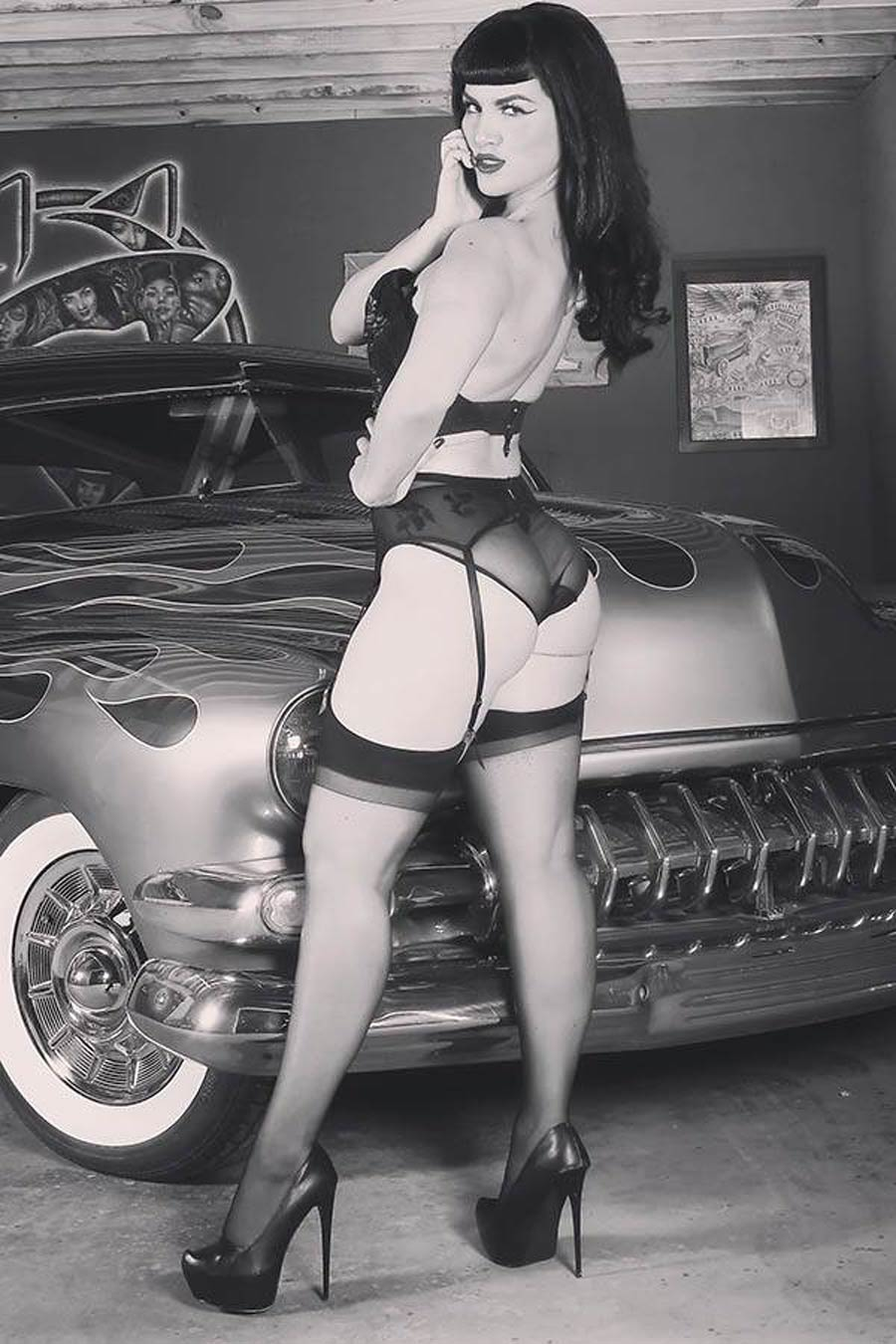 Bettie Page Vol 3 #2 Cover O Incentive Elizabeth Becerril Cosplay Photo Virgin Cover