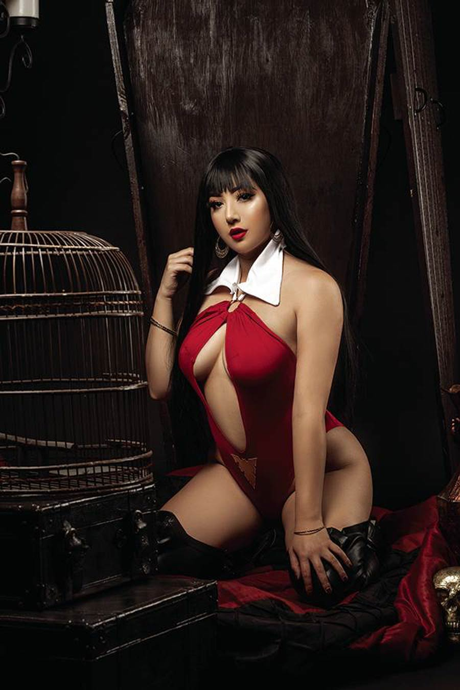 Vampirella The Dark Powers #1 Cover W Incentive Marissa Ramirez Cosplay Photo Virgin Cover