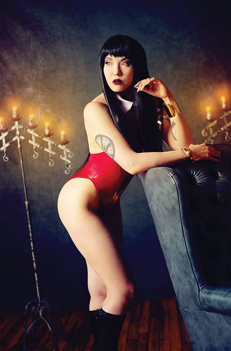 Vampirella Valentines Special (2021) One Shot Cover I Incentive Sara Stalcup Cosplay Photo Virgin Cover