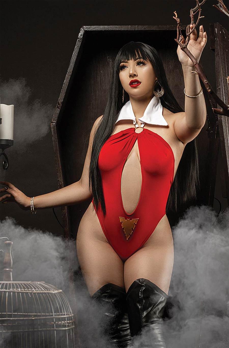 Vampirella The Dark Powers #4 Cover R Incentive Marissa Ramirez Cosplay Photo Virgin Cover