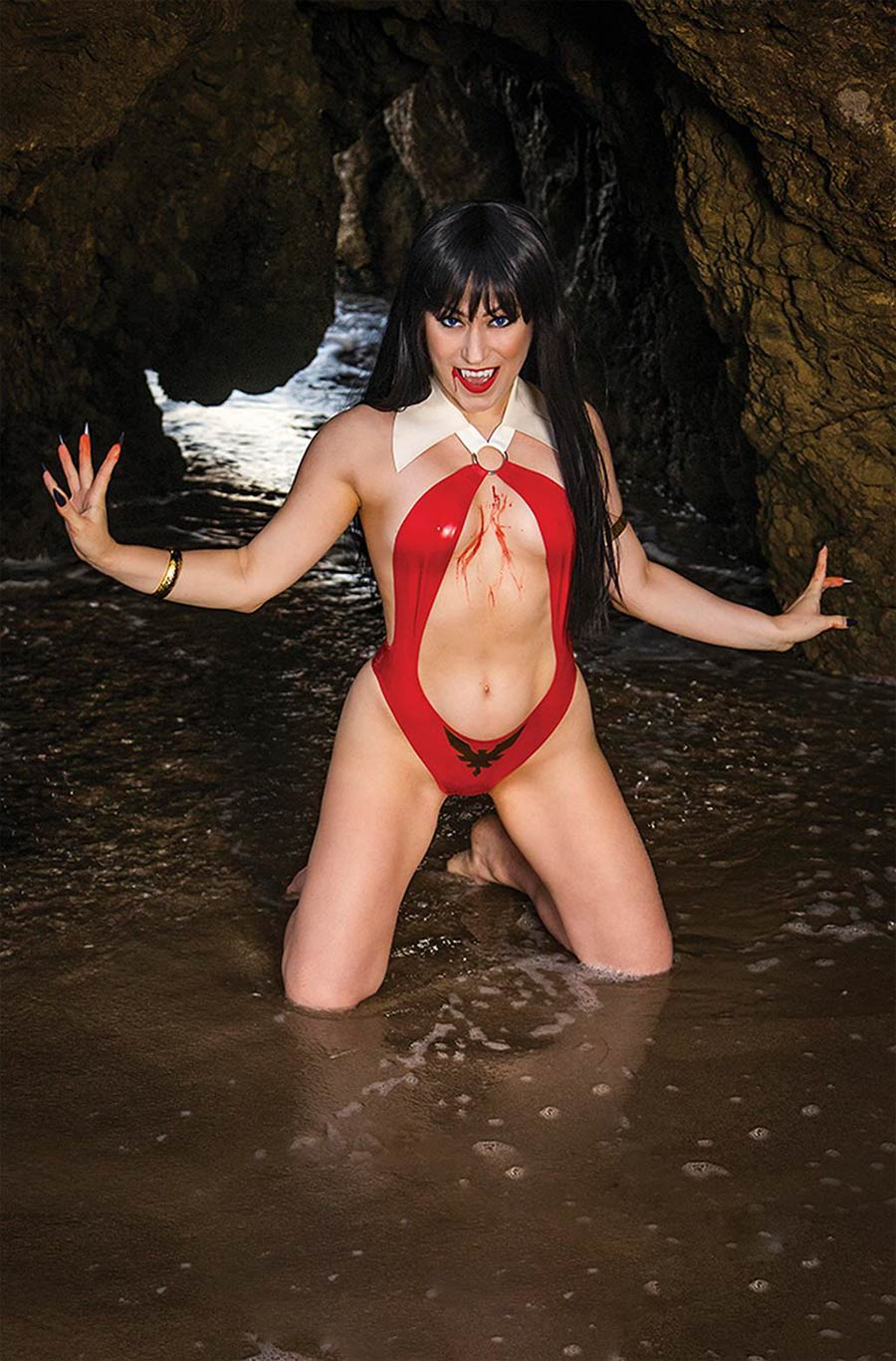 Vengeance Of Vampirella Vol 2 #16 Cover I Incentive Rachel Hollon Cosplay Photo Virgin Cover