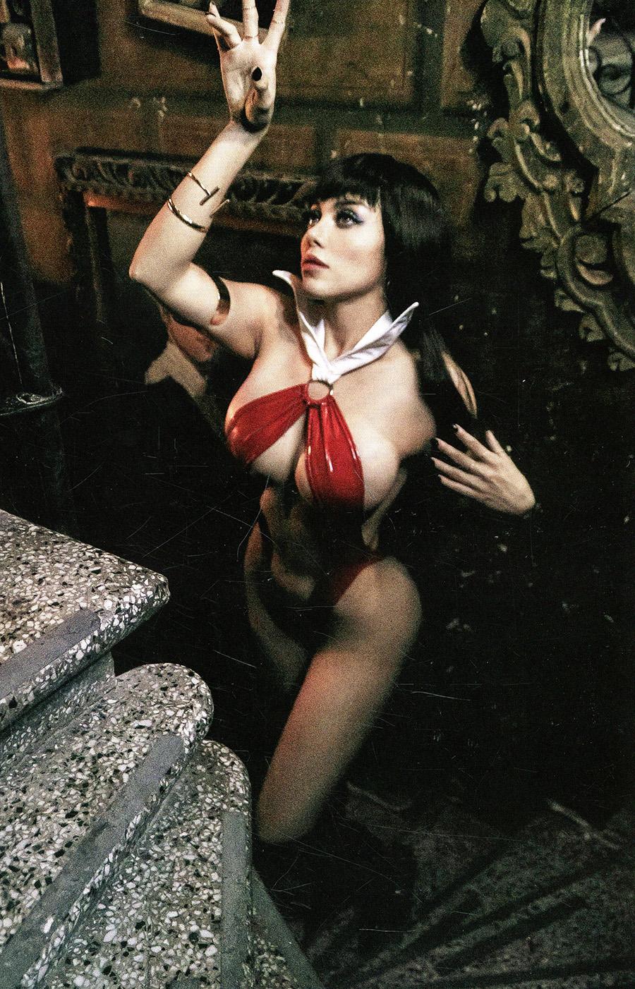 Vampirella Vol 8 #20 Cover N Incentive Lorraine Cosplay Photo Virgin Cover