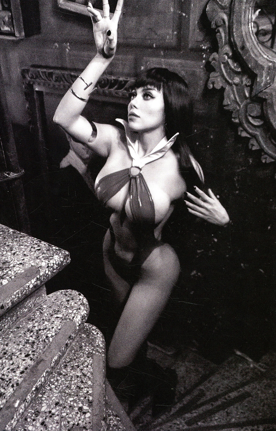 Vampirella Vol 8 #20 Cover J Incentive Lorraine Cosplay Photo Black & White Virgin Cover