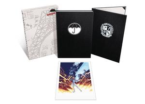 Umbrella Academy Deluxe Edition Vol 1 Apocalypse Suite Limited HC